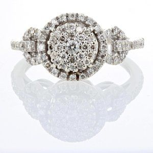 14K WHITE GOLD AND DIAMOND LADIES RING .85 ctw